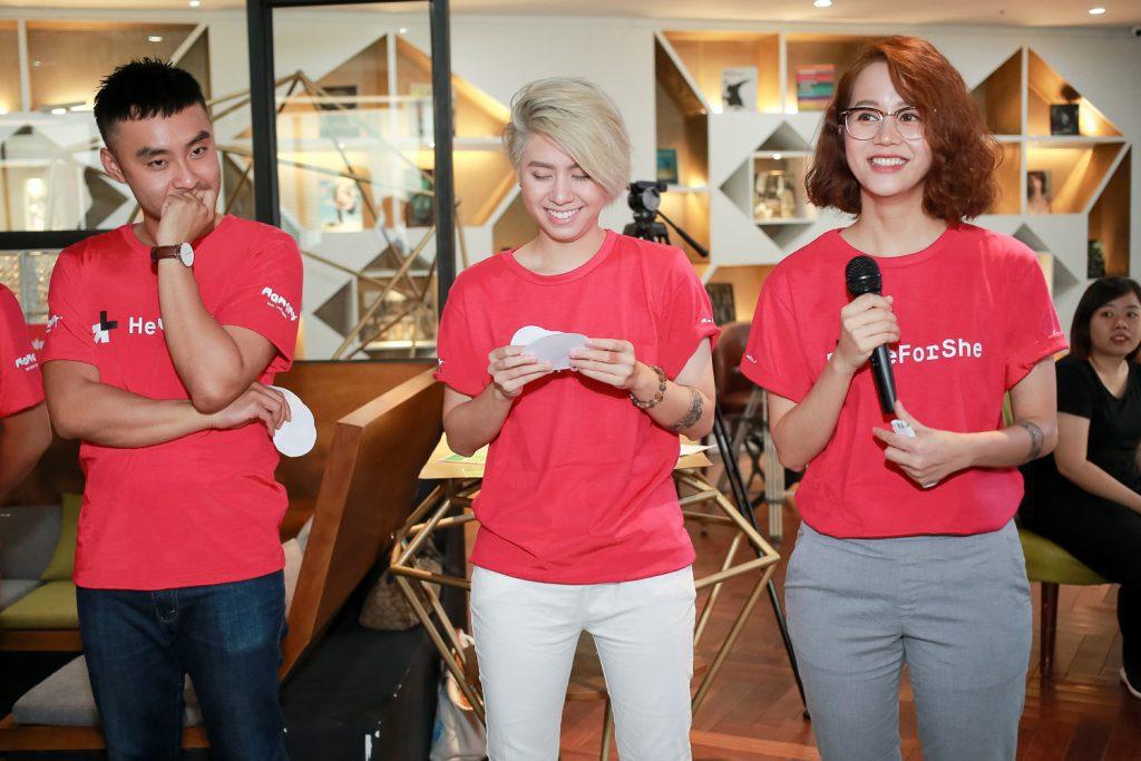 heforshe 13Dustin Nguyen Alex Nguyen An Nguy 1024x683 - Áo thun #HeForShe - UN Women Việt Nam