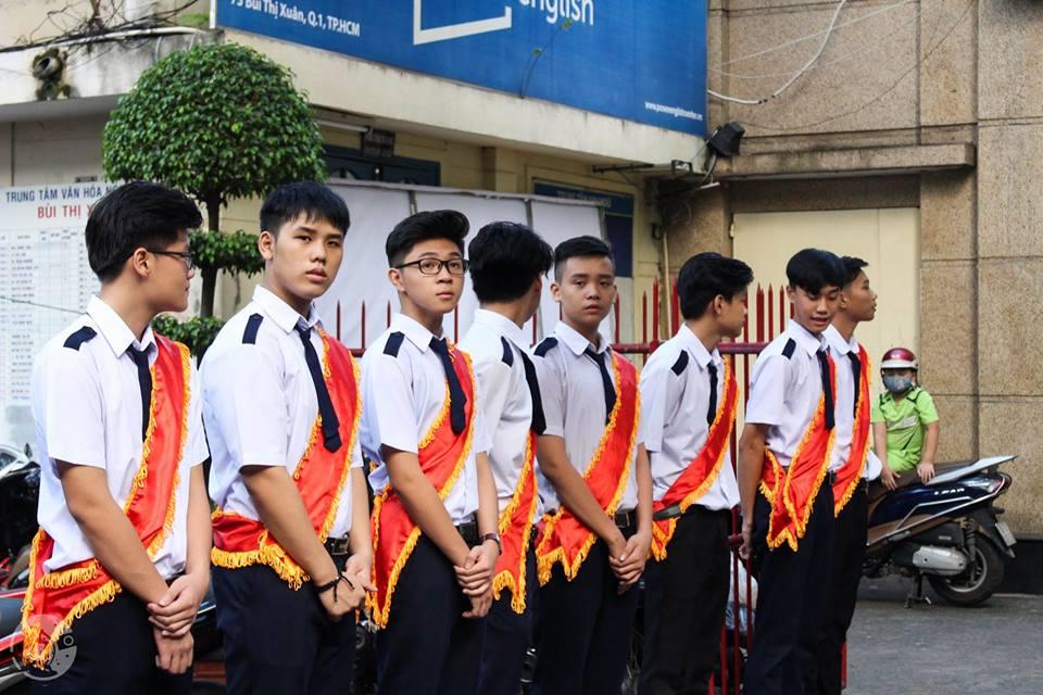 46514020 594771737624500 7917798817498398720 n - Áo hoodie đồng phục lớp 12A8 - THPT Bùi Thị Xuân