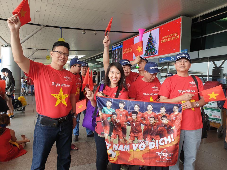 78512229 2752199494837071 2230330101101232128 o - Áo thun du lịch cổ động Việt Nam vô địch chung kết Seagame 2019 - Công ty Transviet